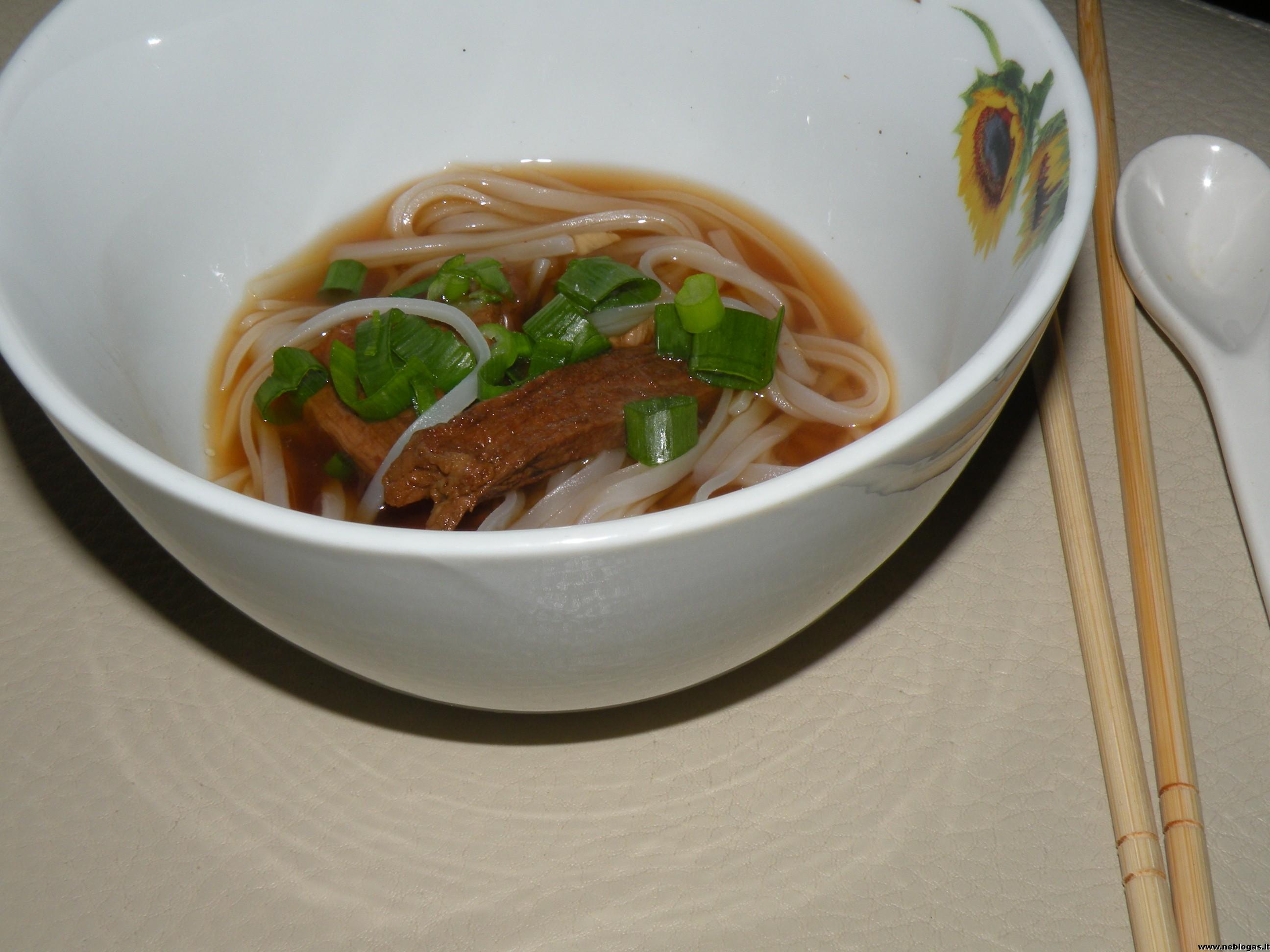 Kiniška jautienos sriuba