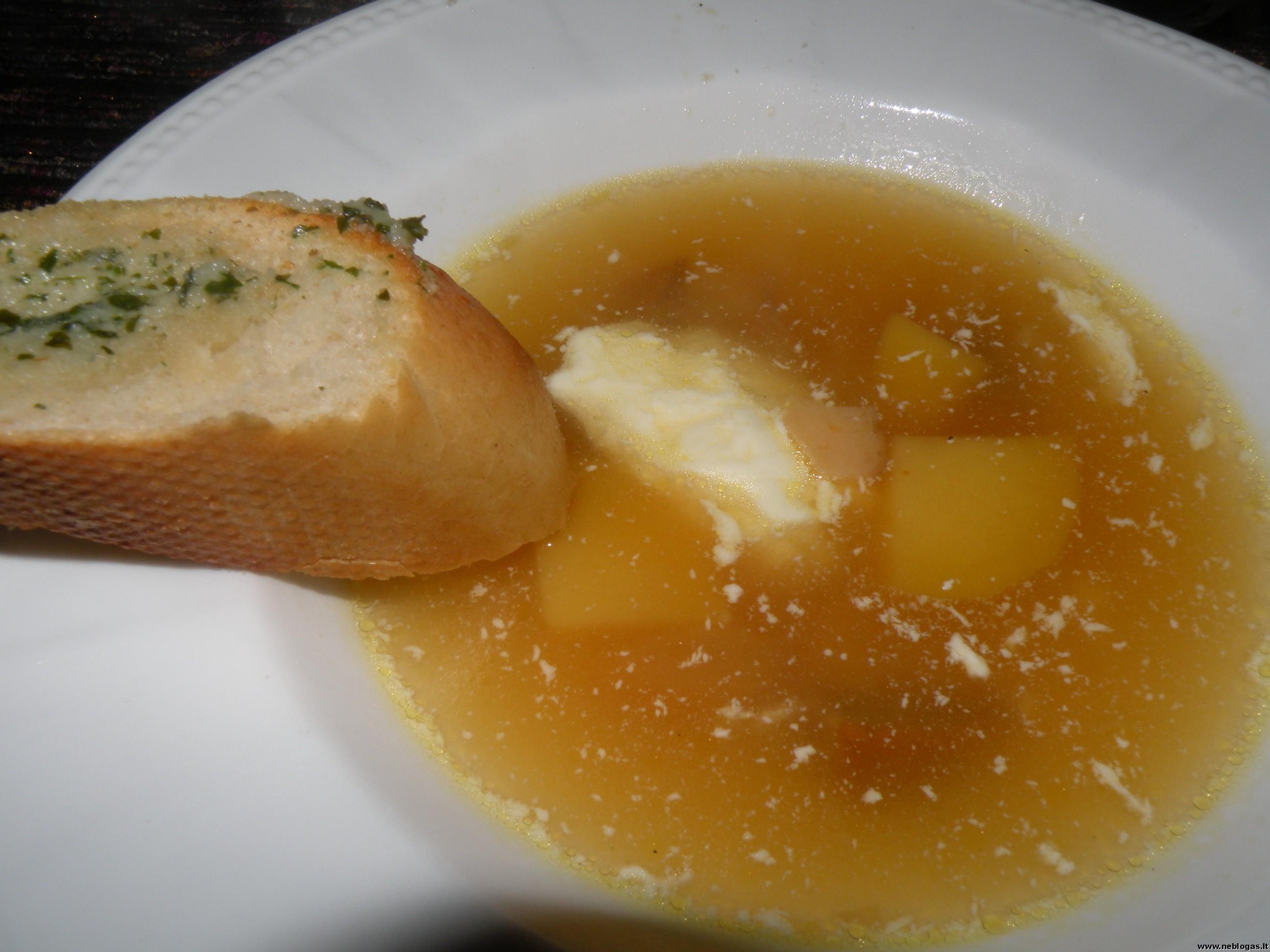 Šviežių baravykų sriuba